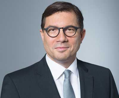 Dr. Sven Schneider